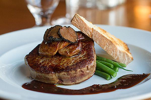 Recette de filet mignon rossini l 39 anarchie culinaire selon bob le chef - Cuisson filet de boeuf au four chaleur tournante ...