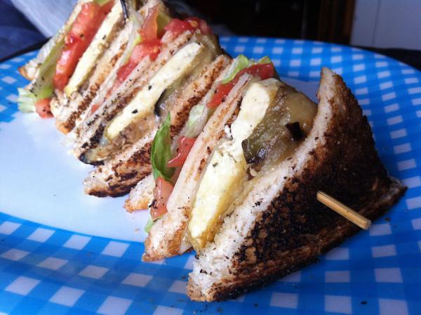 bob-le-chef-anarchie-culinaire-recette-club-sandwich-bacon-vegetarien-thumb
