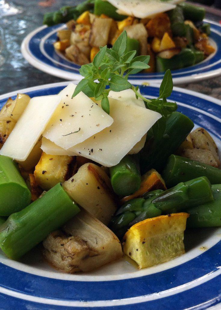 Salade d'aubergine, courgette et asperges grillées