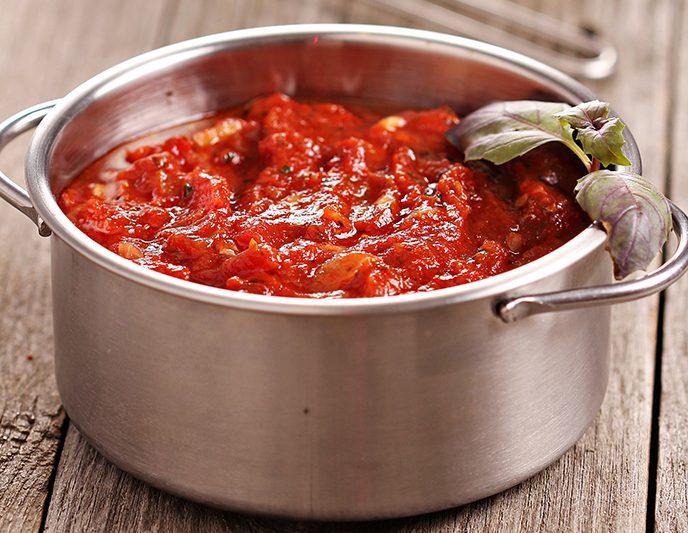 Sauce aux tomates et saucisses