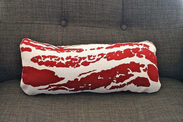 bacon-coussin-divan
