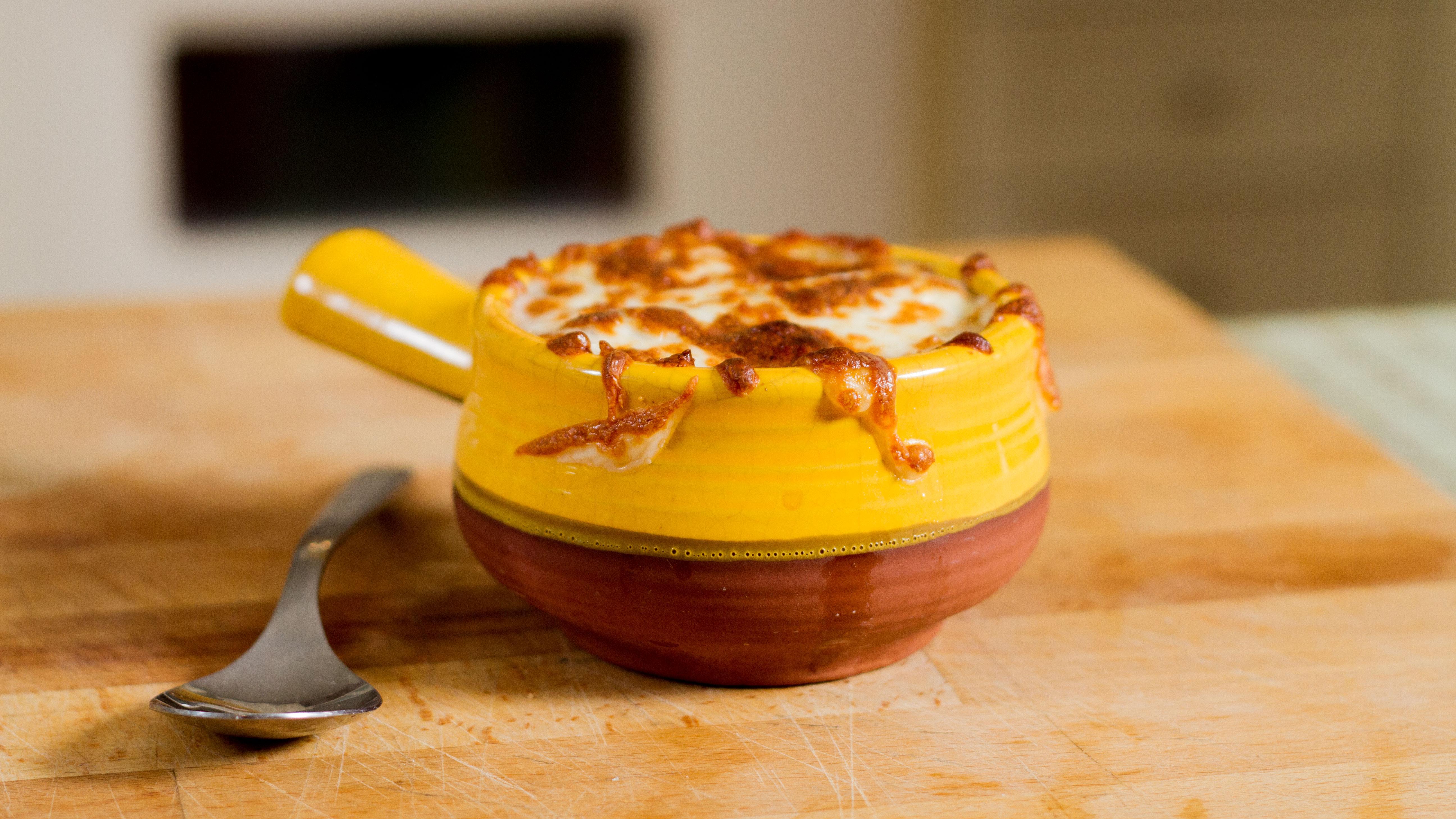 bob-le-chef-soupe-oignon-fromage-cheddar-ile-aux-grues-quebec