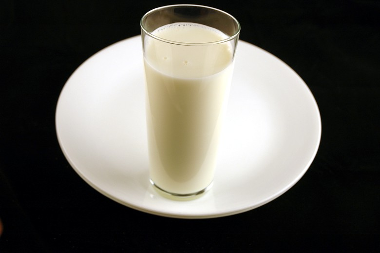 calories-in-whole-milk