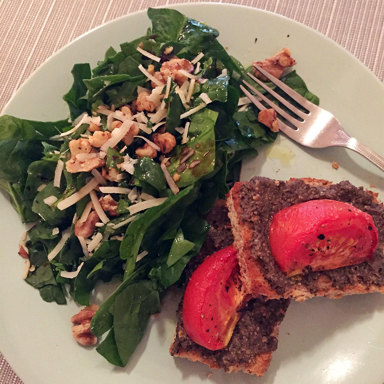 bob-le-chef-salade-epinards-noix-grenoble-tapenade