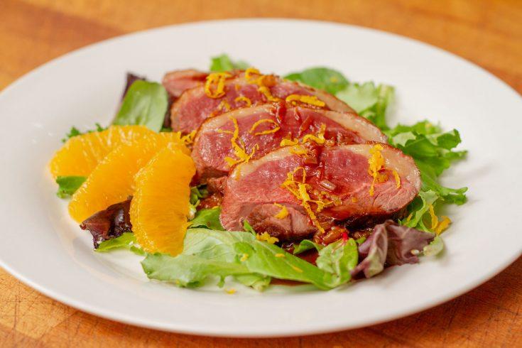 Canard à l'orange, sauce au chocolat Theobroma