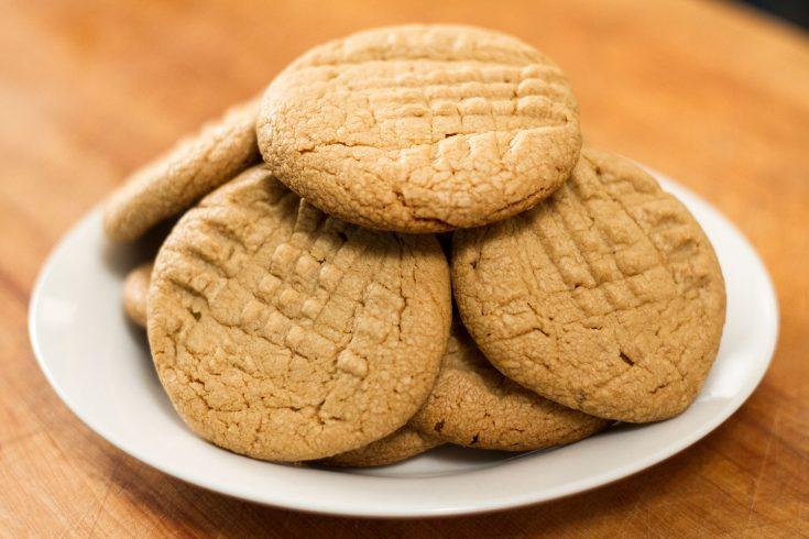 Biscuits au beurre d'arachides à 3 ingrédients