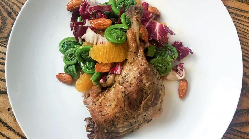 Salade de têtes de violons et canard confit