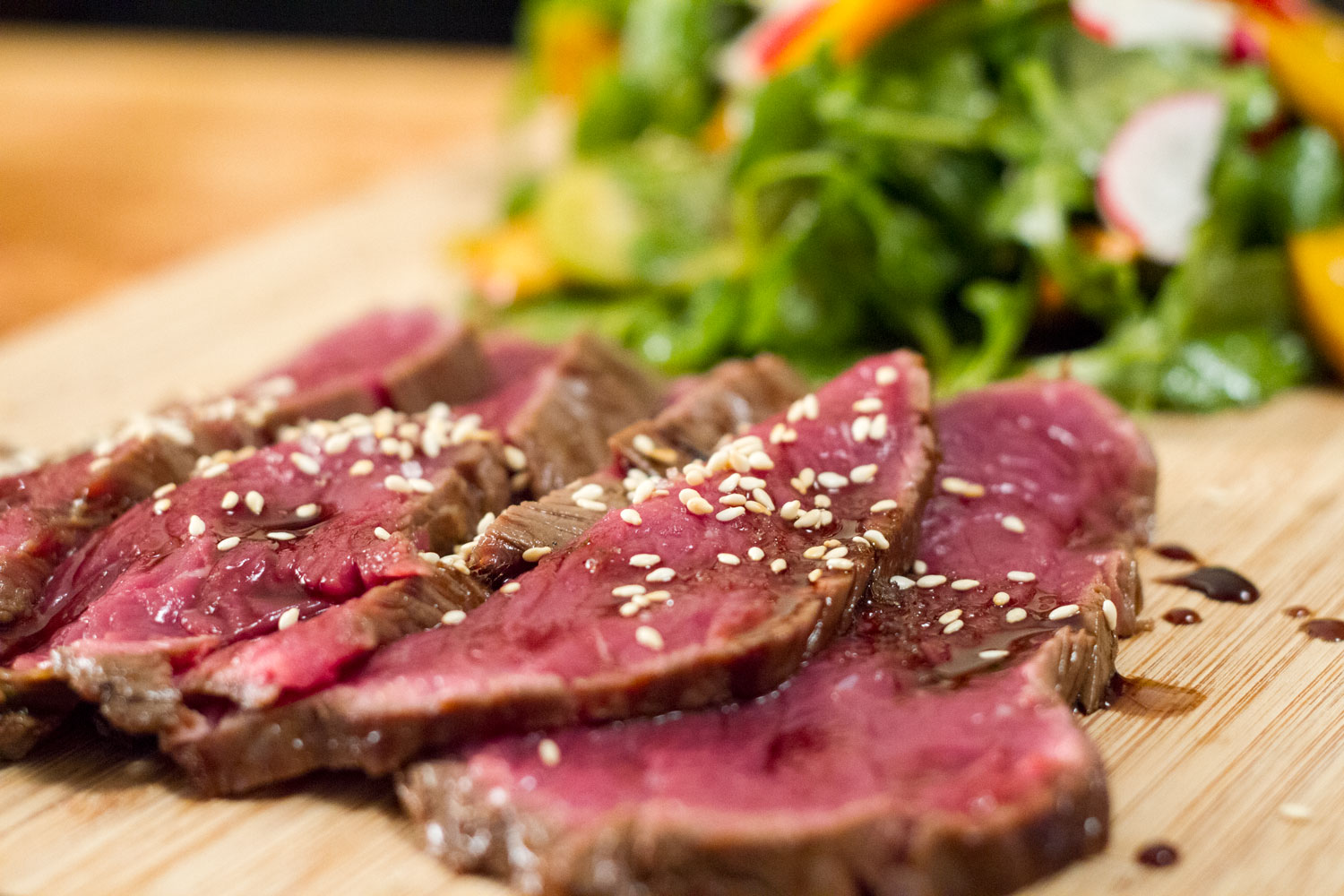 salade de tataki de boeuf l 39 anarchie culinaire selon bob le chef. Black Bedroom Furniture Sets. Home Design Ideas