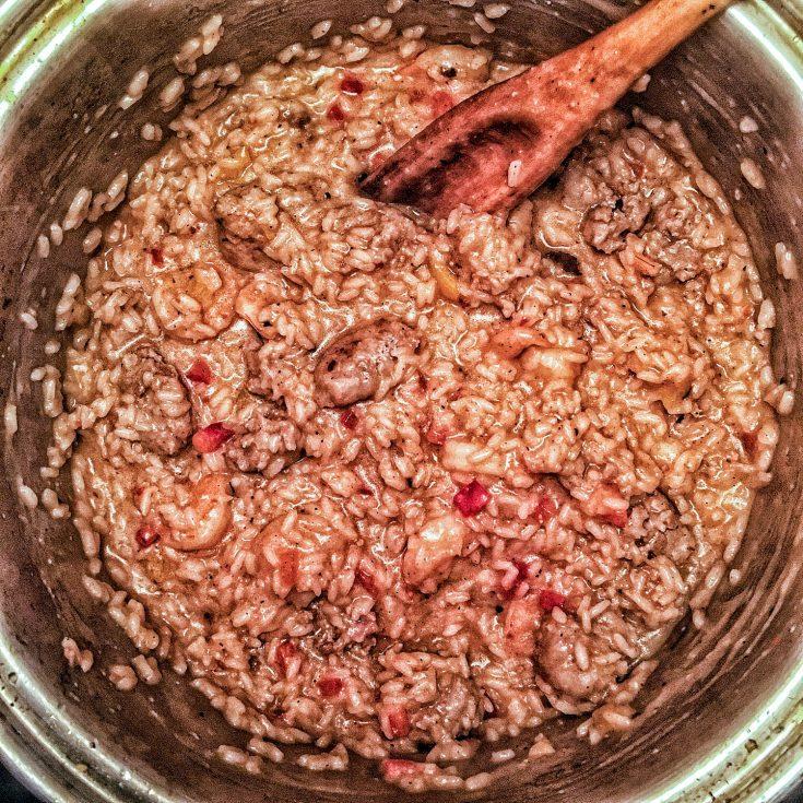 Risotto aux saucisses italiennes et crevettes