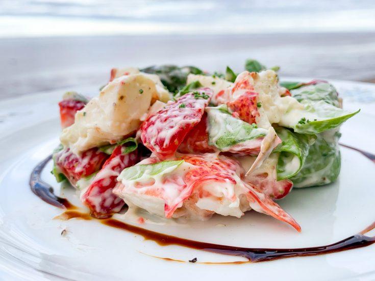 Salade de homard, fraises et asperges